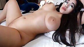 Busty Asian Beauty!