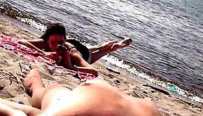 DICK FLASH ON BEACH Little dick public flashing