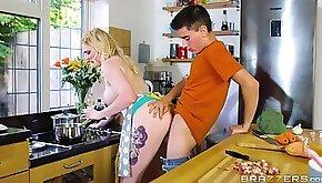 кухня 582 XnXX Vidios