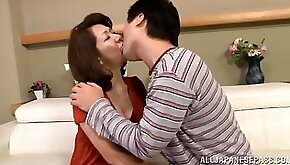 Mature amateur Asian ho does oral and gets hairy beaver fucked