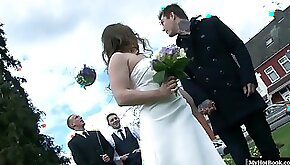 Olga Cabaeva just married and the minute her new husband looks the other way