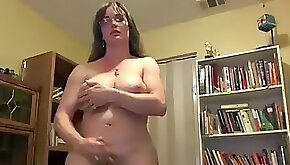 Sexy TS MILF jerks off