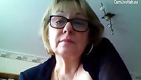 Busty granny shows her stuff on webcam solo