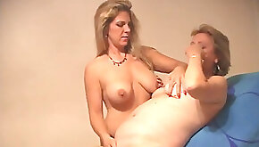 Ambisexual swingers and her very first mummy PUSSY