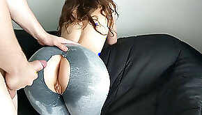 StepSister hungry for manstick before Gym ripped and Oiled Yoga Pants