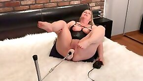 Horny mature Wife LOUD AND STRONG Orgasms on BIG Dildo!! OMG! She Stop!! Fuck Machine Squirt