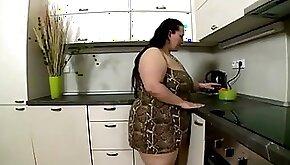 Fatty kitchen play