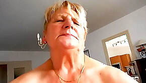 Fucking sexy older lady
