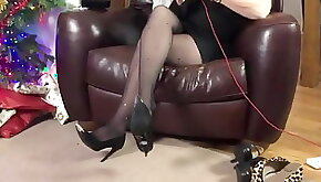 Talk in pantyhose and heels