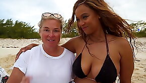 Tyra Banks Sports Illustrated Swimsuit 2019